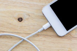 Smartphone battery that can charge in five minutes could be available next year [Image: amnachphoto via iStock]