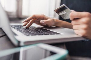 Businesses have been urged to reduce threat to payment card data [Image: Poike via iStock]